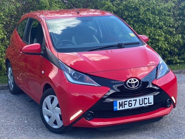 USED 2017 67 TOYOTA AYGO 1.0 VVT-I X-PLAY 3d RECENTLY SERVICED, MOT UNTIL MARCH 2022, BLUETOOTH, MULTI FUNCTION STEERING WHEEL