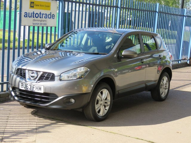 USED 2013 63 NISSAN QASHQAI 1.6 ACENTA 5d 117 BHP Extensive Nissan Main Dealer Service History, 2 Keys, Dual Zone Air Conditioning, Cruise Control