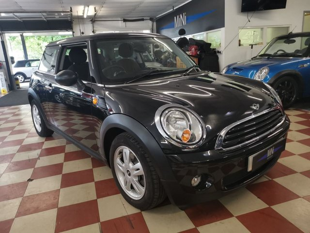 USED 2010 10 MINI HATCH FIRST 1.4 FIRST 3d 75 BHP