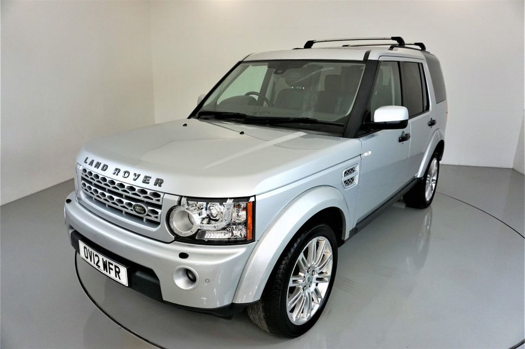 USED 2012 12 LAND ROVER DISCOVERY 4 3.0 SDV6 HSE 5d AUTO-SUNROOF-7 SEATS-HARMAN KARDON-HEATED FRONT AND REAR SEATS-BLACK LEATHER-BLUETOOTH-CRUISE CONTROL-SATNAV-PARKING SENSORS-CLIMATE CONTROL-PRIVACY GLASS