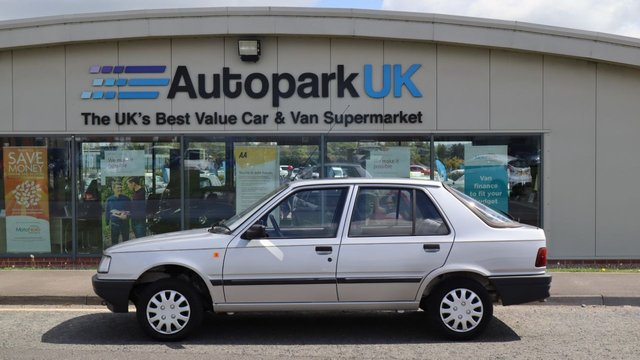 USED 1989 F PEUGEOT 309 1.6 GL 5d 80 BHP * DUE TO AGE . COMPANY POLICY - NOT FULLY  INSPECTED - NO WARRANTY - NOT AVAILABLE ON FINANCE - NO PX TAKEN - CLASSED AS TRADE/DIY CLEARANCE SALE *