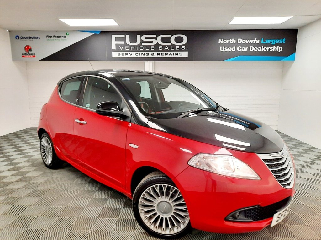 USED 2014 CHRYSLER YPSILON 0.9 BLACK AND RED TWINAIR  5d 85 BHP NATIONWIDE DELIVERY AVAILABLE!