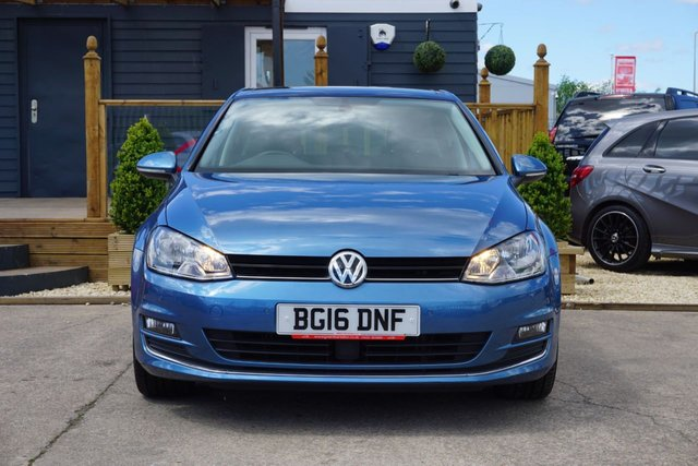 USED 2016 16 VOLKSWAGEN GOLF 1.6 GT EDITION TDI BLUEMOTION TECHNOLOGY DSG 5d 109 BHP *LOW MILES, SERVICE HISTORY*