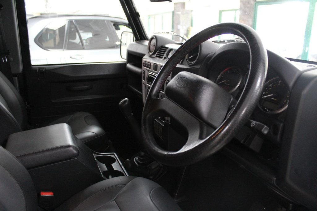USED LAND ROVER Defender 90 TD XS
