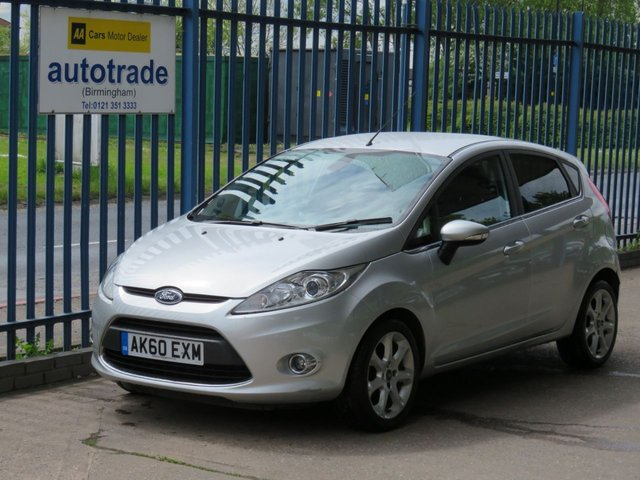 """USED 2010 60 FORD FIESTA 1.4 TITANIUM TDCI 5d 69 BHP. SERVICE HISTORY WITH 10 STAMPS-CLIMATE CONTROL-BLUETOOTH-REVERSE CAMERA SERVICE HISTORY 10 STAMPS-A/C-16"""" ALLOYS-CRUISE-BLUETOOTH-PRIVACY"""