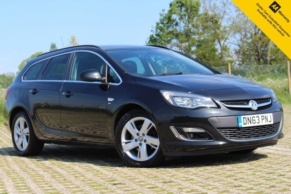 USED 2013 63 VAUXHALL ASTRA 2.0 SRI CDTI S/S 5d 163 BHP ** SUPERB LOW MILEAGE ESTATE ** FULL VAUXHALL SERVICE HISTORY (7 STAMPS) ** BRAND NEW ADVISORY FREE MOT - MAY 2022 ** CAM BELT DONE 5K MILES AGO ** AIR CONDITIONING ** CRUISE CONTROL + LIMITER ** NATIONWIDE DELIVERY AVAILABLE ** BUY ONLINE IN CONFIDENCE FROM A MULTI AWARD WINNING 5* RATED DEALER **