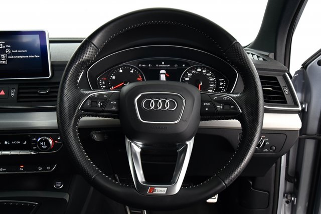 USED 2017 17 AUDI Q5 2.0 TDI S line S Tronic quattro (s/s) 5dr £42k New, Tech Pack, 1 Owner