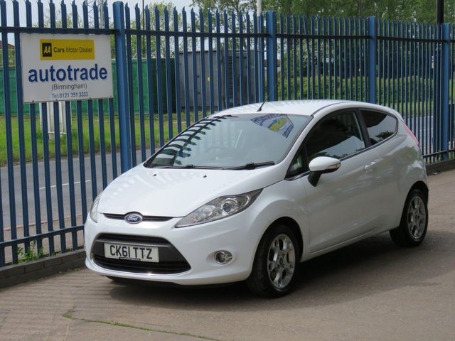 USED 2012 61 FORD FIESTA 1.2 ZETEC 3d 81 BHP  BLUETOOTH-ULEZ COMPLIANT-LOW INSURANCE-PERFECT 1ST CAR AIR CON-HEATED WINDSCREEN-ESP-BLUETOOTH WITH VOICE CONTROL-ALLOYS