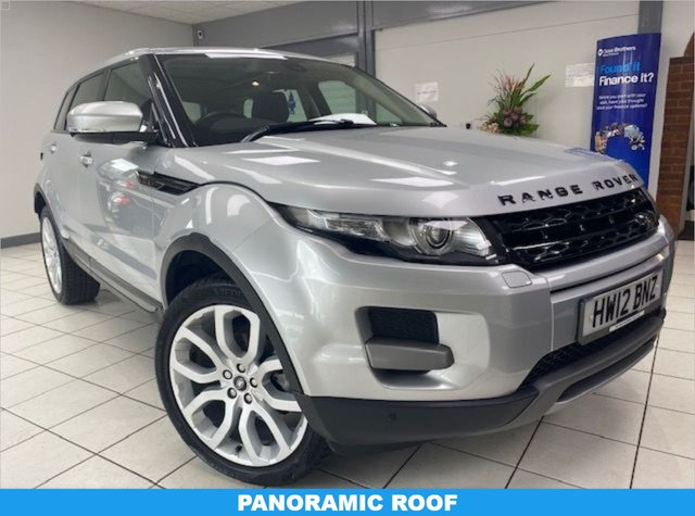 """USED 2012 12 LAND ROVER RANGE ROVER EVOQUE 2.2 SD4 PURE TECH 5d 190 BHP / AUTOMATIC INDUS SILVER METALLIC / BLACK LEATHER TRIM / PANORAMIC ROOF / 20"""" SPORT ALLOYS"""