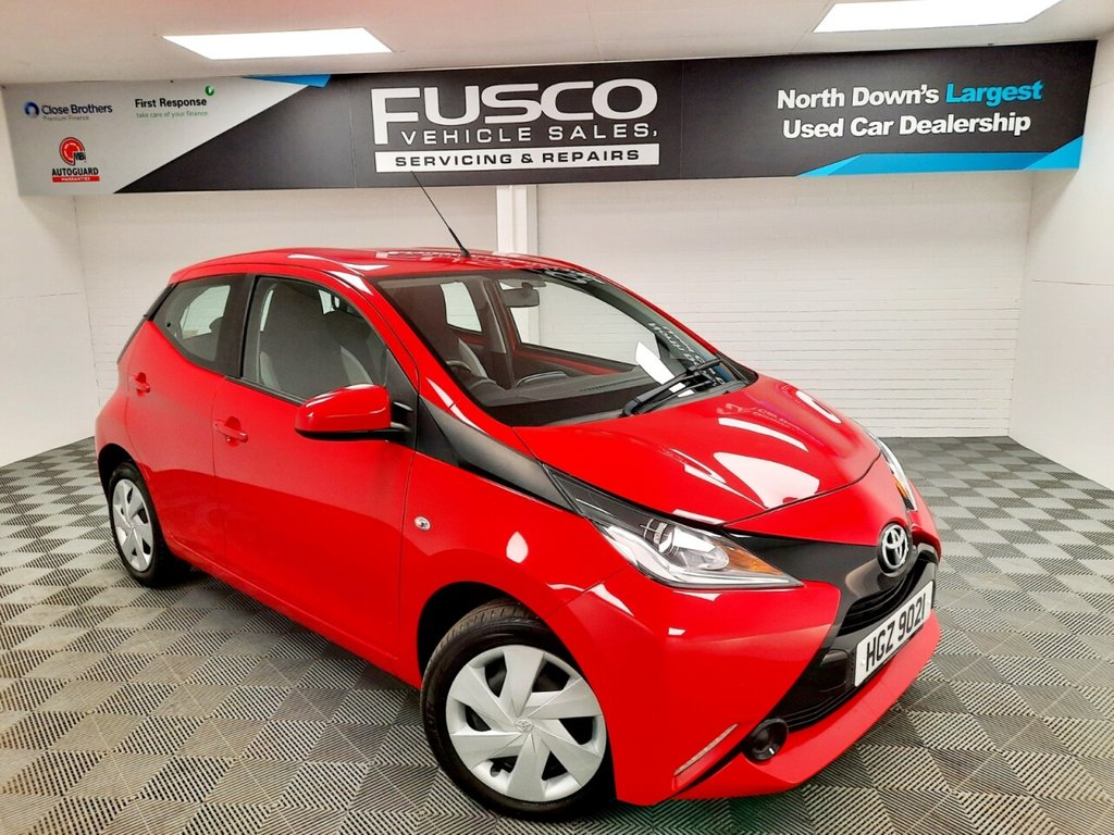 USED 2017 TOYOTA AYGO 1.0 VVT-I X-PLAY 5d 69 BHP NATIONWIDE DELIVERY AVAILABLE!