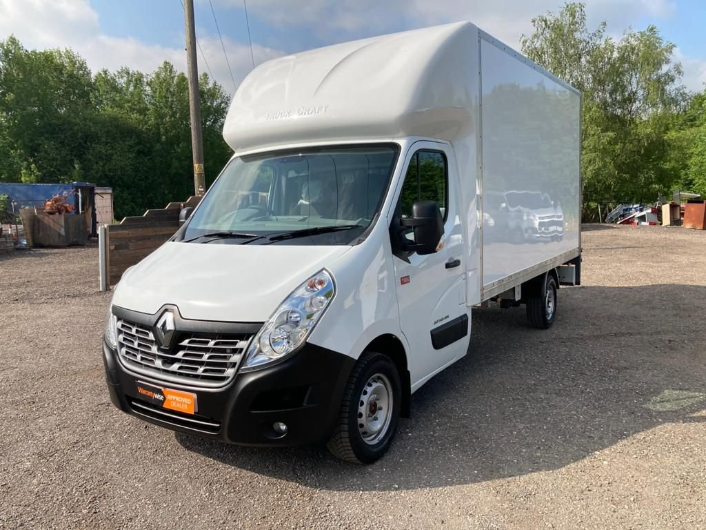 USED 2017 17 RENAULT TRUCKS MASTER 2.3 35  LUTON BOX WITH TAIL LIFT