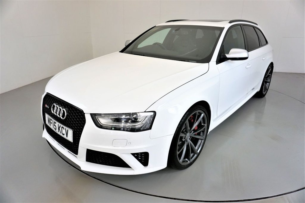 USED 2015 15 AUDI RS4 AVANT 4.2 RS4 AVANT FSI QUATTRO 5d AUTO 444 BHP-PANORAMIC ROOF-HEATED BLACK LEATHER-BANG AND OLUFSEN SOUND SYSTEM-ELECTRIC FOLDING MIRRORS-BLACK STYLING PACKAGE-PIANO BLACK INTERIOR FINISH-PRIVACY GLASS-CRUISE CONTROL-SATNAV-XENON PLUS HEADLIGHTS-CLIMATE CONTROL