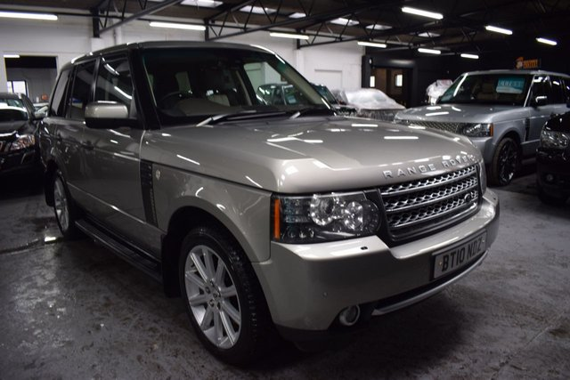 USED 2010 10 LAND ROVER RANGE ROVER 3.6 TDV8 AUTOBIOGRAPHY 5d 271 BHP TOP AUTOBIOGRAPHY SPEC - ONE PREVIOUS KEEPER - 9 STAMPS TO 109K -  NAV - TV - DUAL VIEW - PRIVACY - 20 INCH ALLOYS - ADAPTIVE CRUISE CONTROL