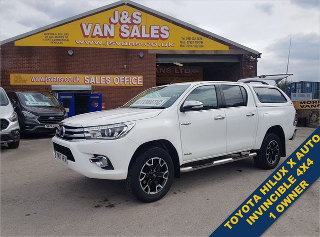 USED 2017 17 TOYOTA HI-LUX INVINCIBLE X 4WD D-4D DCB 4X4 MODEL X TOYOTA INVINCIBLE MODEL X AUTO  EURO 6