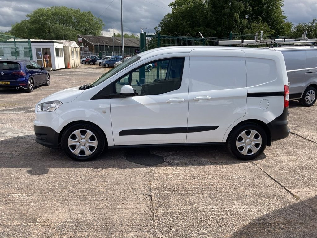 USED 2015 65 FORD TRANSIT COURIER 1.6 TREND TDCI 94 BHP 1 OWNER FSH NEW MOT AIR CON FREE WARRANTY INCLUDING RECOVERY AND ASSIST NEW MOT AIR CONDITIONING