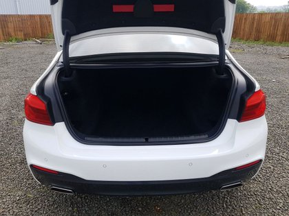 USED 2017 17 BMW 5 SERIES 2.0 520D XDRIVE M SPORT 4d 188 BHP