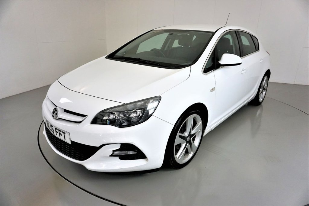 USED 2015 15 VAUXHALL ASTRA 1.6 LIMITED EDITION 5d-CRUISE CONTROL-REAR PARKING SENSORS-BLACK LEATHER-AIR CON