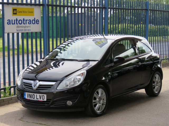 USED 2010 10 VAUXHALL CORSA 1.4 SE 3d 98 BHP. HEATED SEATS + STEEERING WHEEL-A/C-SERVICE HISTORY WITH 7 STAMPS HEATED SEATS- HEATED STEERING WHEEL-A/C-ALLOYS-C/D RADIO-ABS-2 KEYS-SERVICE HISTORY WITH 7 STAMPS TO 72K