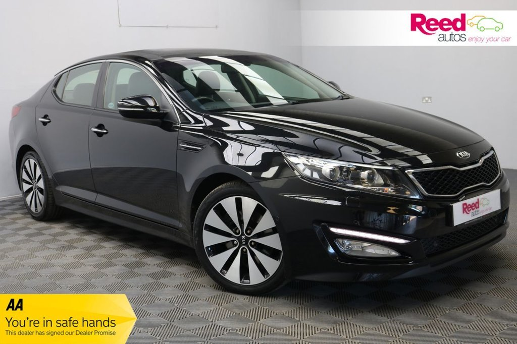 USED 2013 63 KIA OPTIMA 1.7 3 CRDI  4d 134 BHP FULL LEATHER SEAT APHOLSTERY + PANORAMIC ROOF+ REAR PARKING CAMERA + SAT NAV+CRUISE CONTROL + PARKING SENSORS + AUTOMATIC LIGHTS AND WIPERS