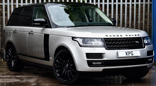 USED 2015 15 LAND ROVER RANGE ROVER 3.0 TD V6 Autobiography Auto 4WD (s/s) 5dr £98k New, Rear Ent, D/Steps +