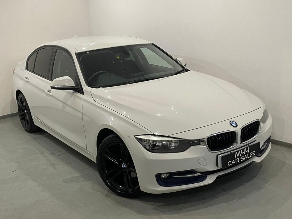 USED 2012 62 BMW 3 SERIES 2.0 318D SPORT 4d 141 BHP Bluetooth / Privacy Glass / Cruise Control / Aux / Isofix / Stop Start Button