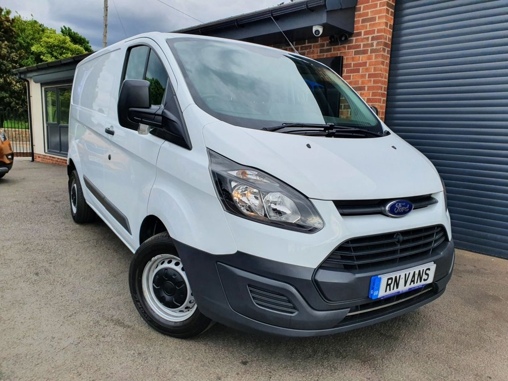 USED 2017 17 FORD TRANSIT CUSTOM 2.0 290 L1H1 P/V 104 BHP *** PLY LINED - 1 OWNER ***