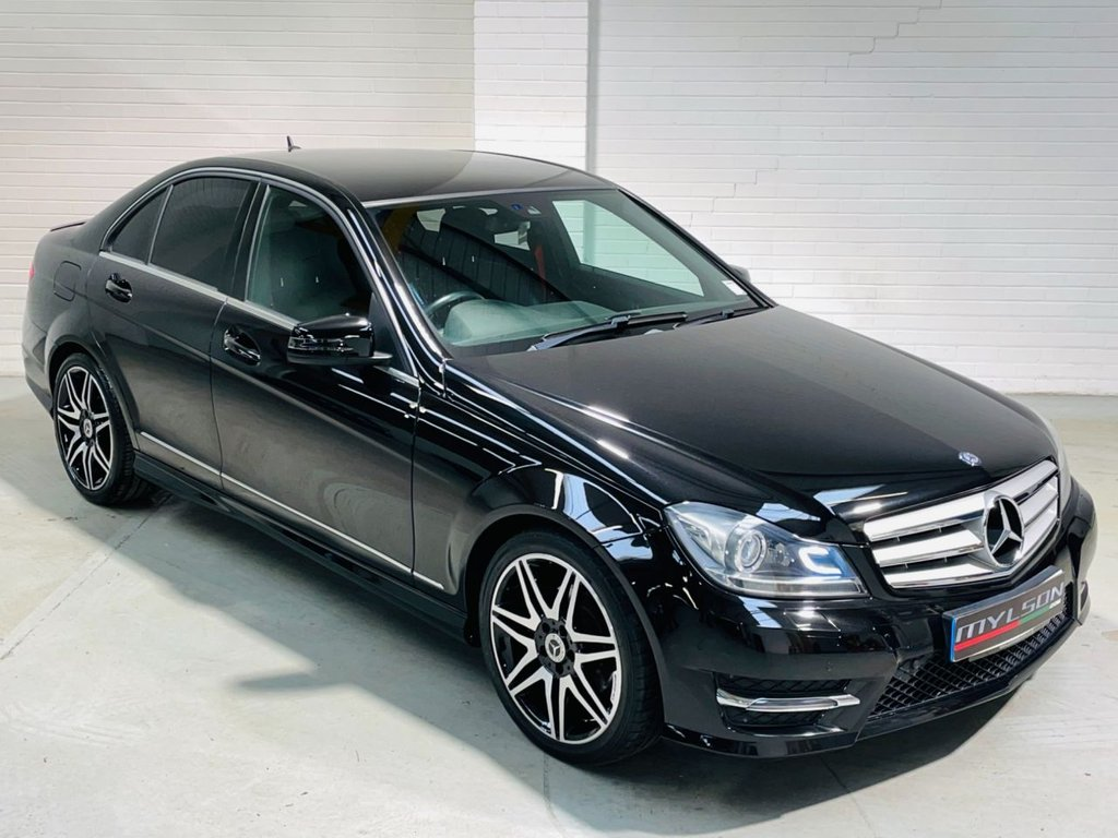 USED 2013 63 MERCEDES-BENZ C-CLASS 2.1 C220 CDI BLUEEFFICIENCY AMG SPORT PLUS 4d 168 BHP AMG Pack|Red Stitching|Tints|Xenons|Leather|FINANCE