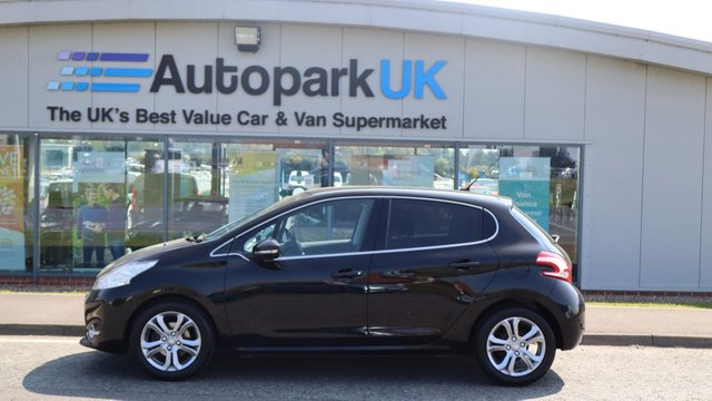 USED 2015 15 PEUGEOT 208 1.2 ALLURE 5d 82 BHP LOW DEPOSIT OR NO DEPOSIT FINANCE AVAILABLE . COMES USABILITY INSPECTED WITH 30 DAYS USABILITY WARRANTY + LOW COST 12 MONTHS ESSENTIALS WARRANTY AVAILABLE FROM ONLY £199 (VANS AND 4X4 £299) DETAILS ON REQUEST. ALWAYS DRIVING DOWN PRICES . BUY WITH CONFIDENCE . OVER 1000 GENUINE GREAT REVIEWS OVER ALL PLATFORMS FROM GOOD HONEST CUSTOMERS YOU CAN TRUST .