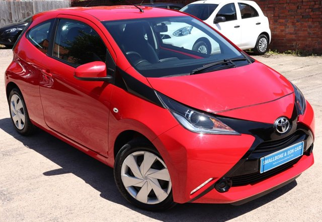 USED 2016 16 TOYOTA AYGO 1.0 VVT-I X-PLAY 3d 69 BHP * BUY ONLINE * FREE NATIONWIDE DELIVERY *