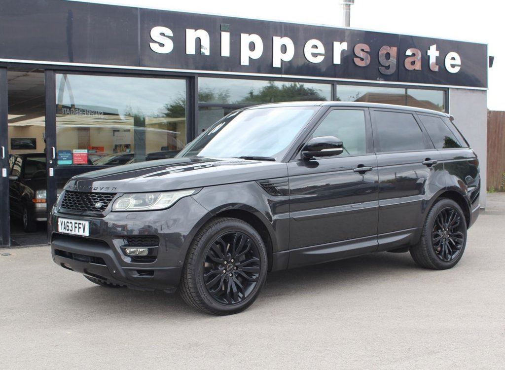 """USED 2014 63 LAND ROVER RANGE ROVER SPORT 3.0 SDV6 HSE DYNAMIC 5d 288 BHP Grey Metallic, Full Cream Leather Interior, 21"""" Allots, Opening Panoramic Sun Roof, Surround View Cameras, Heated Seats Front and Rear, Garage Door Opener, Heated Steering Wheel, Satellite Navigation, Upgraded Front Grill, Xenon Headlights, Black Pack, Electric Boot Lid, Privacy Glass, Bluetooth Equipment, 2 Keys and Book Pack, Full Land Rover Service History."""