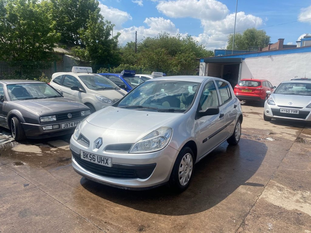 USED 2006 56 RENAULT CLIO 1.5 EXPRESSION DCI 5d 86 BHP