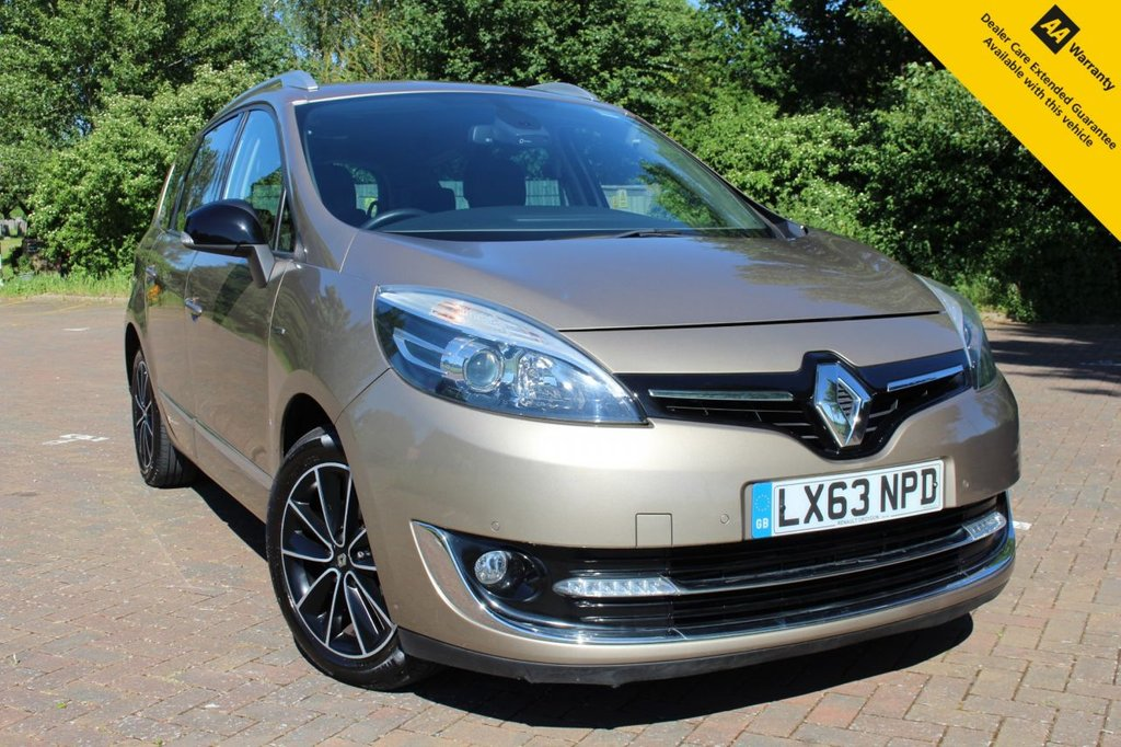 """USED 2013 63 RENAULT GRAND SCENIC 1.6 DYNAMIQUE TOMTOM BOSE PLUS DCI S/S 5d 130 BHP ** WOW - WHAT A SUPERB LOOKING HIGH SPEC LOW MILEAGE 7 SEATER !! ** FULL RENAULT SERVICE HISTORY ** BRAND NEW ADVISORY FREE MOT + SERVICE COMPLETED JUNE 2021 ** FRONT + REAR PARKING AID ** REAR CAMERA ** SAT NAV ** HALF LEATHER ** BOSE SOUND SYSTEM - 9 SPEAKERS ** CRUISE CONTROL ** CLIMATE CONTROL ** BLUETOOTH ** KEYLESS + POWER PUSH START ** AUTO LIGHTS + WIPERS ** 17"""" BLACK SARI ALLOYS ** ONLY £30 ROAD TAX & 64.2MPG ** BUY ONLINE IN CONFIDENCE FROM A MULTI AWARD WINNING DEALER **"""