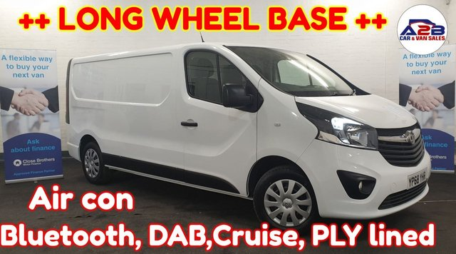 USED 2018 68 VAUXHALL VIVARO 1.6  2900 SPORTIVE ++ LONG WHEEL BASE ++ Bluetooth, DAB, Air con, Euro6, Electric Windows, Electric Mirrors and much more ...
