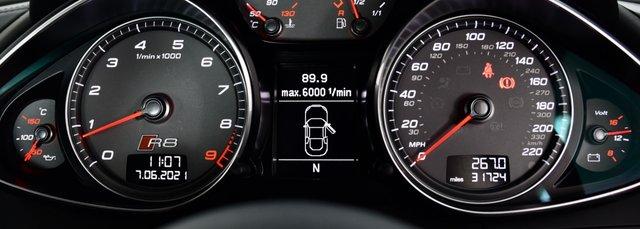 USED 2013 63 AUDI R8 4.2 FSI V8 S Tronic quattro 2dr £103k New, F/S/H, Stunning R8