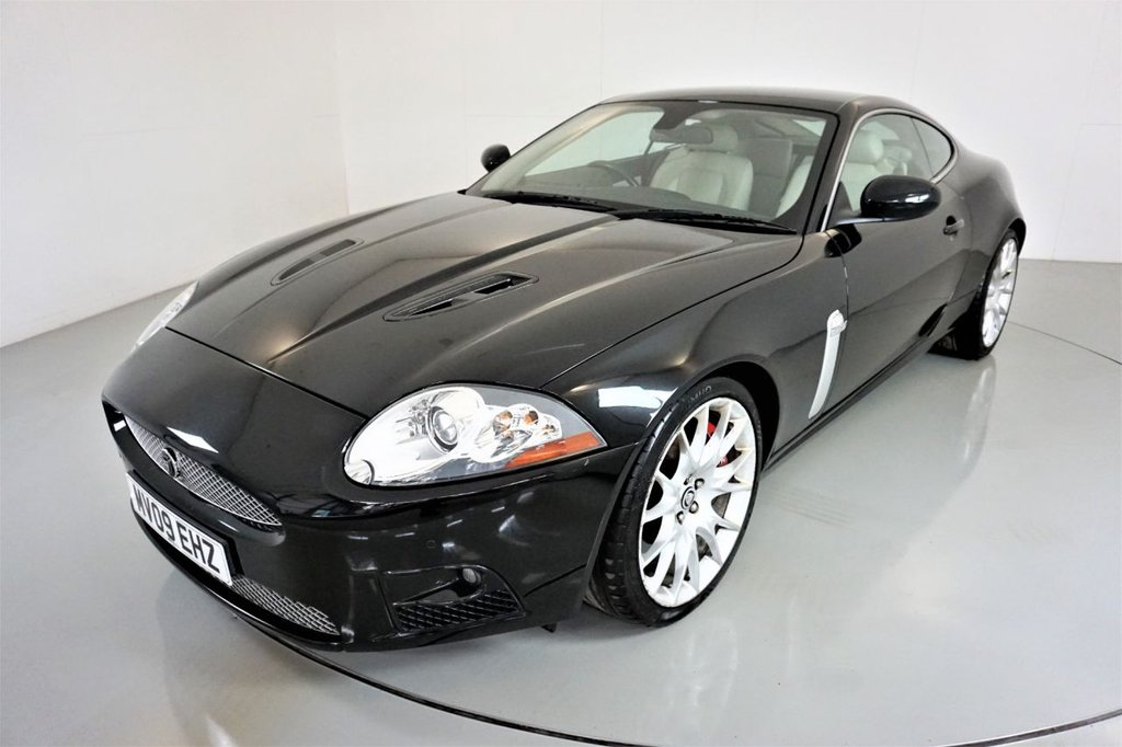 USED 2009 09 JAGUAR XK 4.2 XKR 2d AUTO 416 BHP-2 OWNER CAR-LOW MILEAGE EXAMPLE-IVORY LEATHER SEATS-ELECTRIC MEMORY SEAT-CRUISE CONTROL-NAVIGATION-20