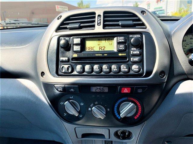 USED 2000 X TOYOTA RAV4 2.0 NRG VVT-I 3d 146 BHP