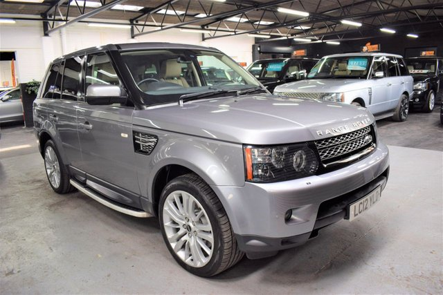 USED 2012 12 LAND ROVER RANGE ROVER SPORT 3.0 SDV6 HSE 5d 255 BHP LOVELY CONDITION - 3.0 SDV6 255 BHP HSE - 5 LANDROVER SERVICE STAMPS TO 64K - LEATHER - NAV - TV - SIDE STEPS - POWERBOOT