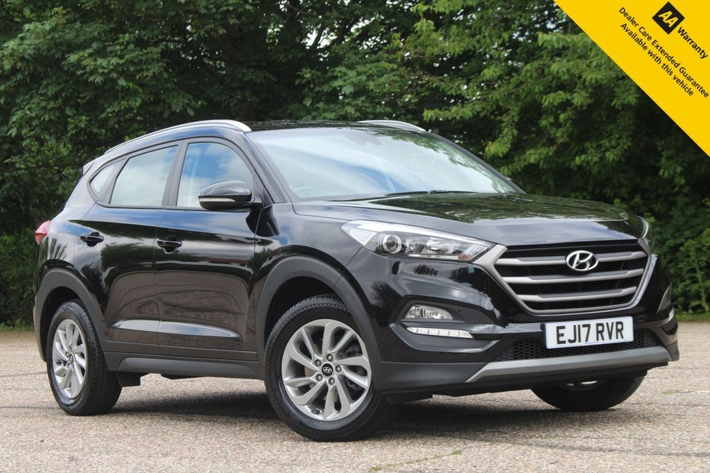 USED 2017 17 HYUNDAI TUCSON 1.6 GDI SE NAV BLUE DRIVE 5d 130 BHP ** SUPERB VALUE HIGH SPEC SUV ** FULL HYUNDAI SERVICE HISTORY ** BRAND NEW ADVISORY FREE MOT - EXPIRY JUNE 2022 ** SAT NAV ** REAR PARKING AID + REAR CAMERA ** CRUISE CONTROL + LIMITER ** BLUETOOTH + USB ** HEATED FRONT SEATS ** ELECTRIC LUMBAR SUPPORT ** LANE ASSIST ** POWER FOLD MIRRORS ** AUTO LIGHTS + WIPERS ** DUAL ZONE CLIMATE CONTROL ** DAB RADIO ** ULEZ CHARGE EXEMPT ** NATIONWIDE DELIVERY AVAILABLE ** BUY ONLINE IN CONFIDENCE FROM A MULTI AWARD WINNING 5* RATED DEALER **