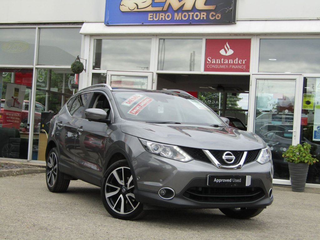 USED 2017 17 NISSAN QASHQAI 1.5 DCI TEKNA 5d 108 BHP Finished in GUN METAL GREY METALLIC with contrasting EBONY BLACK HEATED SEATS. The Qashqai is one of the best selling SUV's around at the moment. This Top of the range edition is comfy, easy to drive and has enough space for 5 adults. Features include, Full heated leather, Sat Nav, Pan Roof, 360 Reverse Cameras, DAB, B/Tooth and much more. Dealer serviced at 16502 miles, 21922 miles and on arrival at 29330 miles. Comes with 12 months MOT.