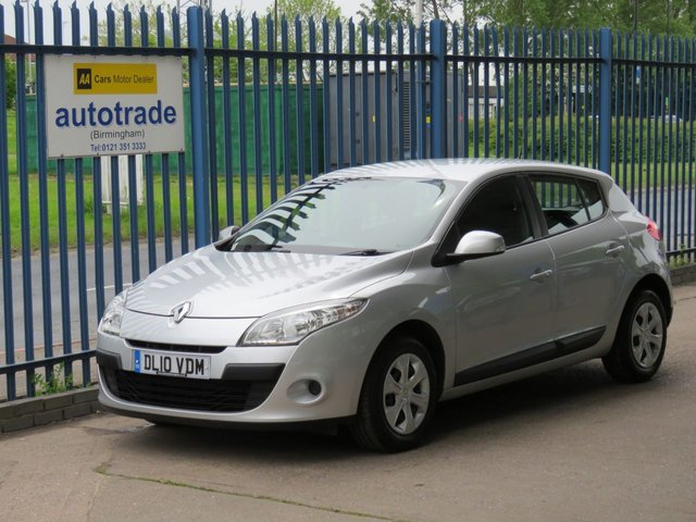 USED 2010 10 RENAULT MEGANE 1.6 EXPRESSION VVT 5d 110 BHP Great Service History, Air Conditioning, 2 Owners, 2 keys