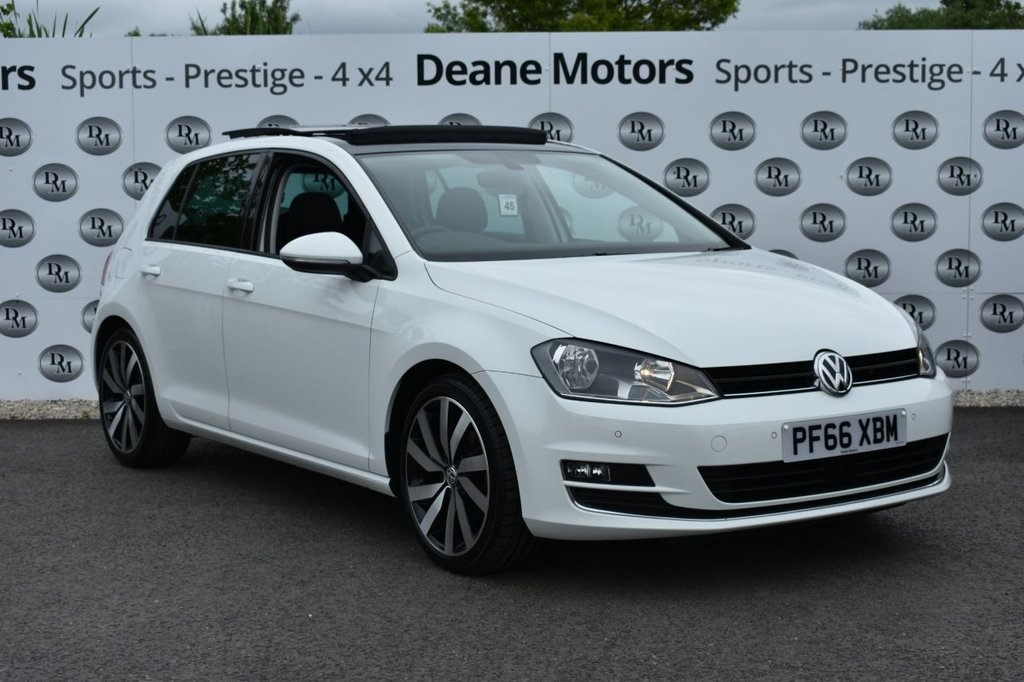 USED 2017 66 VOLKSWAGEN GOLF 2.0 GT EDITION TDI BLUEMOTION TECHNOLOGY 5d 148 BHP PANROOF