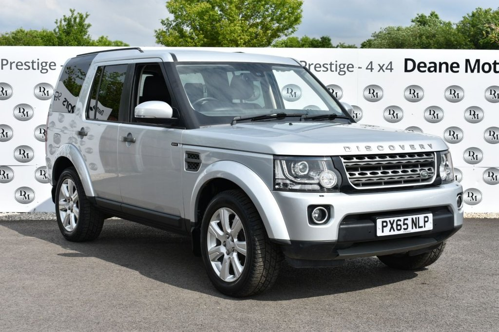 USED 2015 65 LAND ROVER DISCOVERY 3.0 SDV6 SE TECH 5d 255 BHP BIG SPECIFICATION