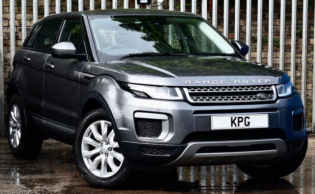 USED 2017 17 LAND ROVER RANGE ROVER EVOQUE 2.0 TD4 SE Auto 4WD (s/s) 5dr £38k New, 1 Owner, Pan Roof +