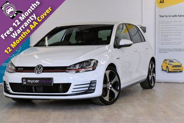 USED 2015 15 VOLKSWAGEN GOLF 2.0 GTI 5d 218 BHP FULL SERVICE HISTORY, SAT NAV, CRUISE CONTROL, LANE ASSIST, FRONT AND REAR PARKING AID, CLIMATE CONTROL, XENON LIGHTS, PRIVACY GLASS