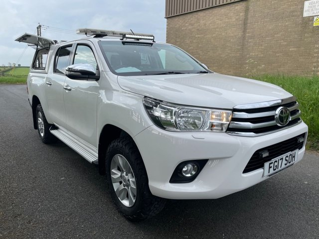 USED 2017 17 TOYOTA HI-LUX 2.4 ICON 4WD D-4D SPECAILIST VEHICLE MUST SEE