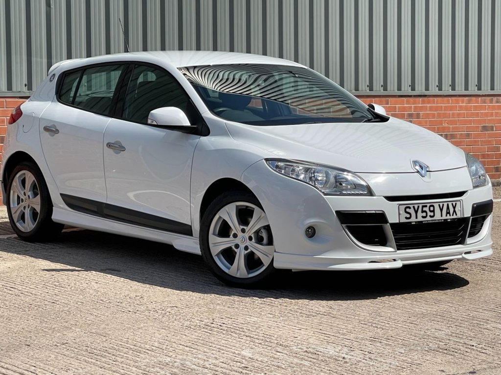 USED 2009 59 RENAULT MEGANE 1.6 WORLD SERIES VVT 5d 110 BHP EXCELLENT CONDITION AND FANTASTIC VALUE