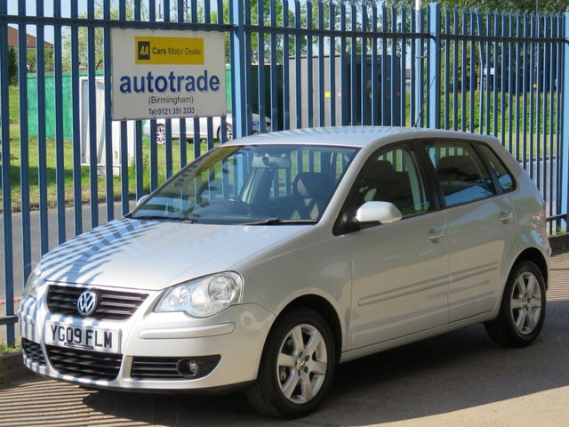 USED 2009 09 VOLKSWAGEN POLO 1.4 MATCH 5d 79 BHP. AIR CON-ALLOYS-SERVICE HISTORY WITH 6 STAMPS AIR CON-ALLOYS-CD RADIO-FOGS-SERVICE HISTORY WITH 6 STAMPS-ABS
