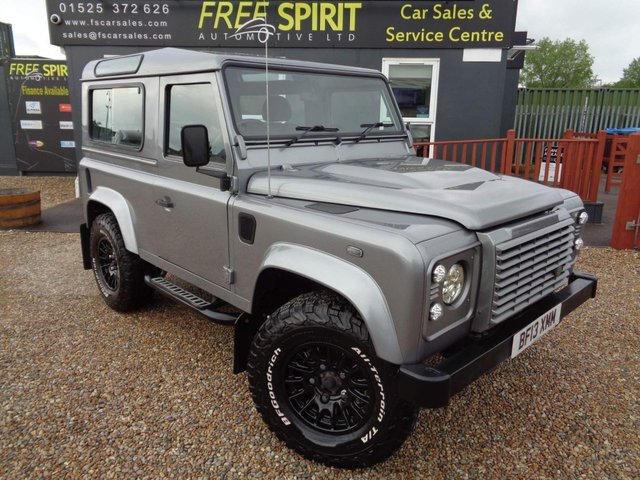 USED 2013 13 LAND ROVER DEFENDER 2.2 TD DPF XS Station Wagon 3dr Bluetooth, Heated Seats/Screen