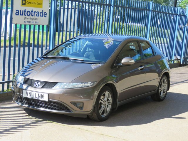 USED 2011 11 HONDA CIVIC 1.8 I-VTEC SE 5d 138 BHP Service History with 9 Stamps
