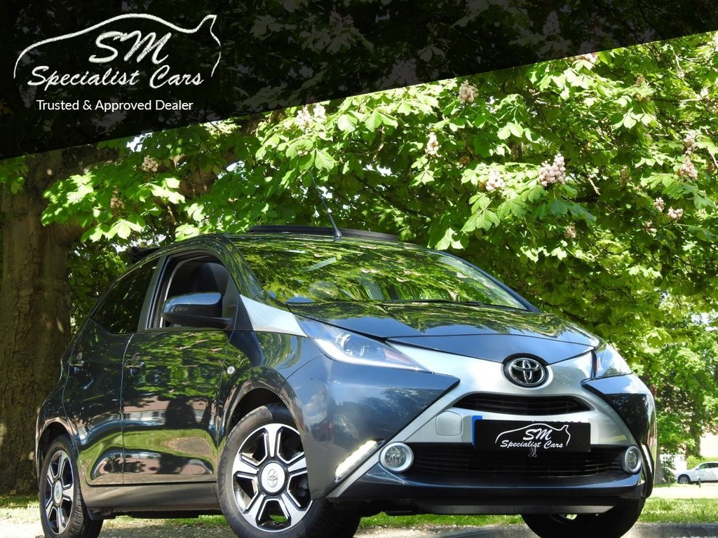 USED 2016 16 TOYOTA AYGO 1.0 VVT-I X-CLUSIV 2 5d 69 BHP 1 OWNER ONLY 6K FSH AIR ROOF
